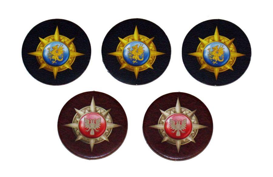5 thẻ đánh dấu điểm (mỗi thẻ có hai mặt xanh và đỏ tượng trưng cho hai phe)