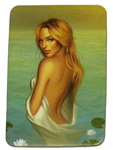 Với luật này, người chơi có thể sử dụng chức năng đặc biệt của thẻ Lady ò the Lake để kiểm tra thân phận của một người chơi khác.