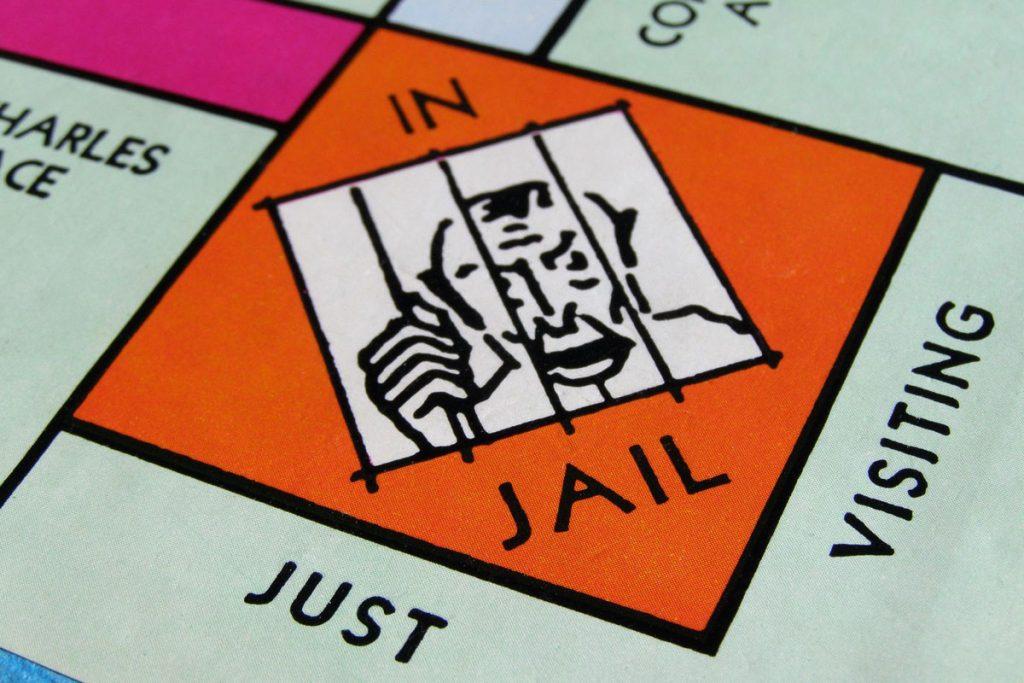 Cách để bạn thoát khỏi nơi tù ngục này.