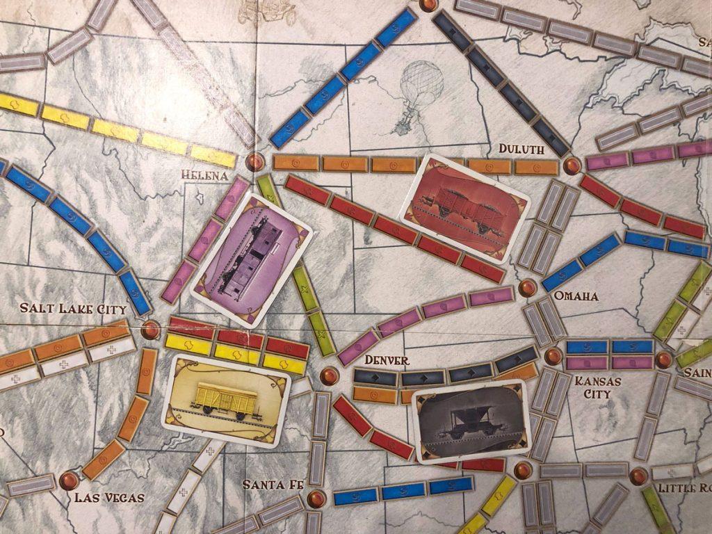 Cách xây dựng đường ray trong Ticket To Ride