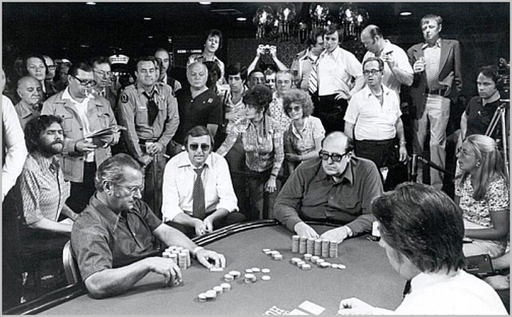 Nguồn gốc về Poker trước giờ vẫn luôn là cuộc tranh cãi giữa nhiều quốc gia mà chưa có hồi kết.